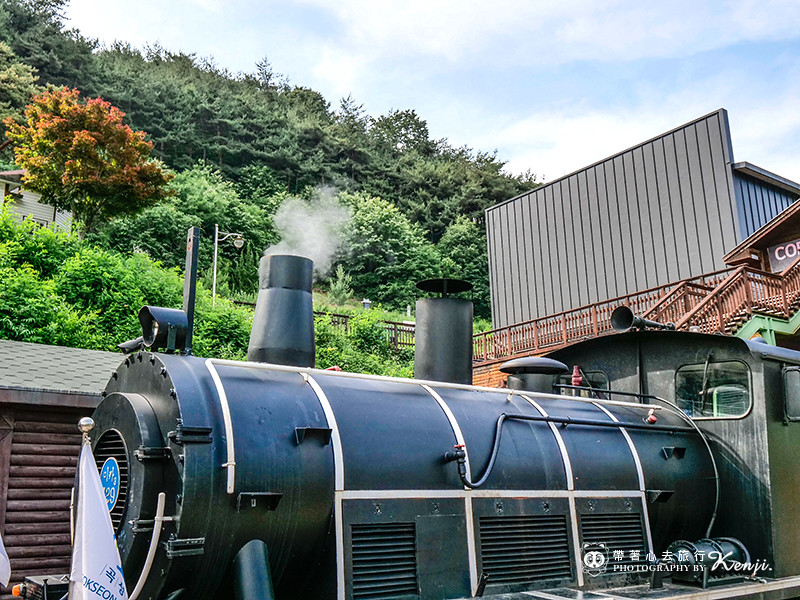 korea-steam-train-35