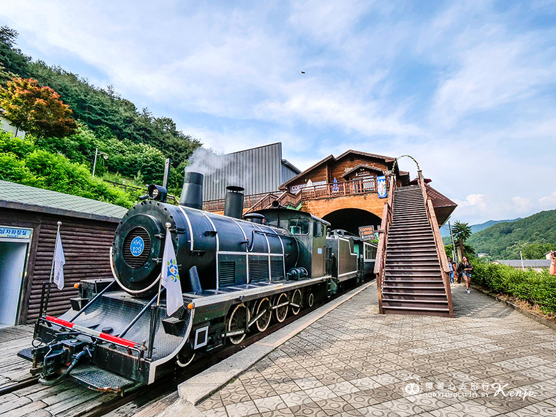 korea-steam-train-33