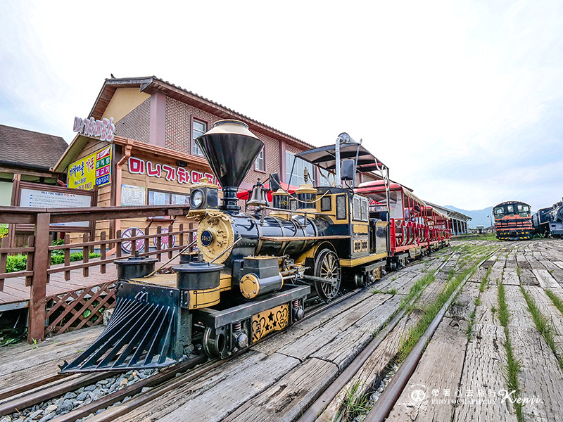 korea-steam-train-16