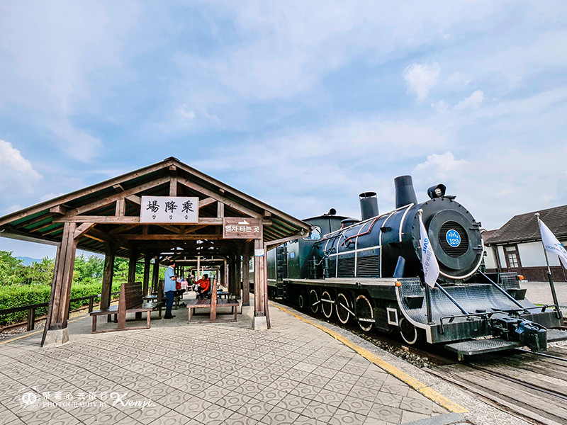 korea-steam-train-12