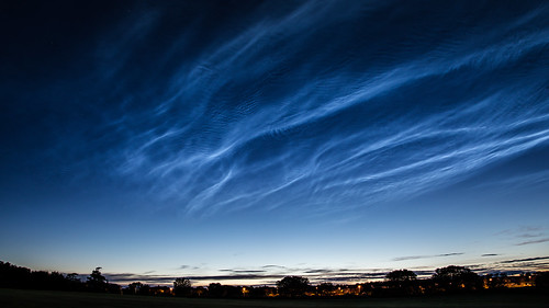 Noctilucent Clouds 2019 June 21 - 23:05 UT