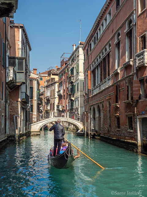 Should Venice be banned from tourism? Conscious traveller's guide to Venice