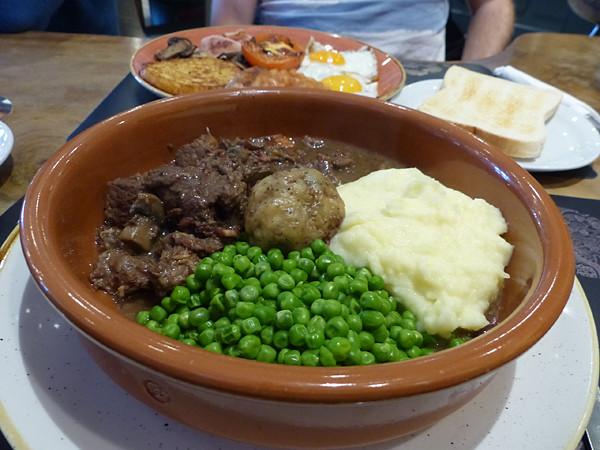 stew with dumplings