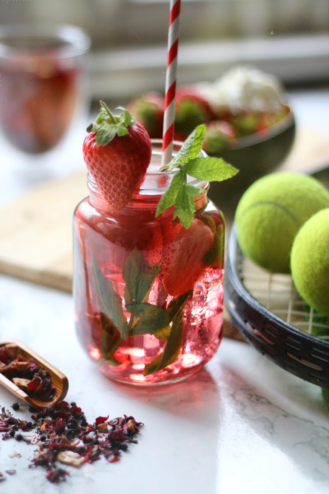 Strawberries and Cream tisane cooler Teapro