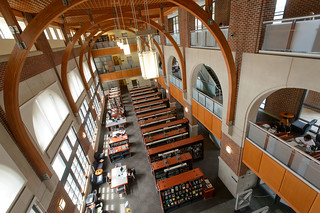 A view of the Waterbury campus library on May 1, 2014. (Peter Morenus/UConn Photo)