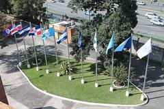 Plaza de las banderas INCAP Sede