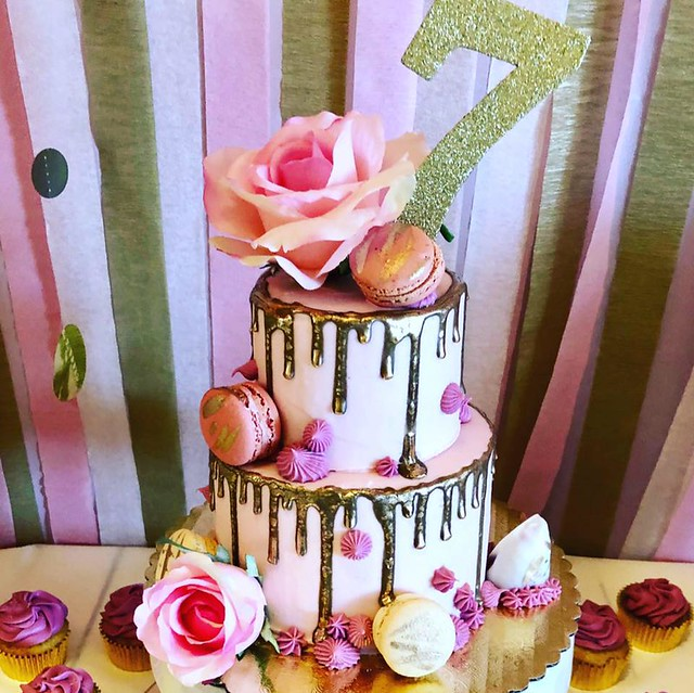Cake by Madisyn Sweets