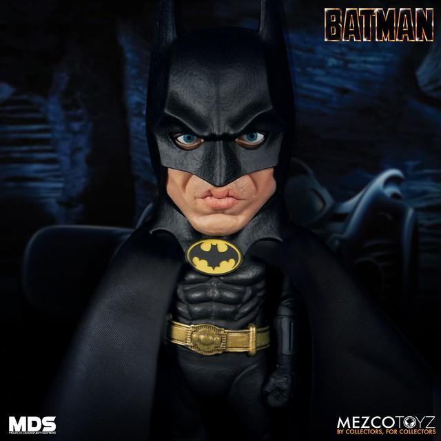 這個嘴型跟下巴真的很米高!! MEZCO M.D.S.系列《蝙蝠俠(1989)》豪華版 蝙蝠俠 Deluxe Batman (1989)