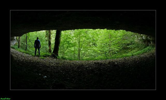 Abri sous roche du canyon de Fontenu - Jura