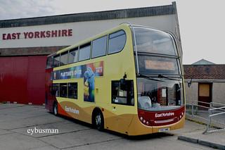 Go Ahead East Yorkshire 723, YX57BWE.
