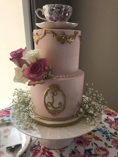 Cake by Pearl's Pastries