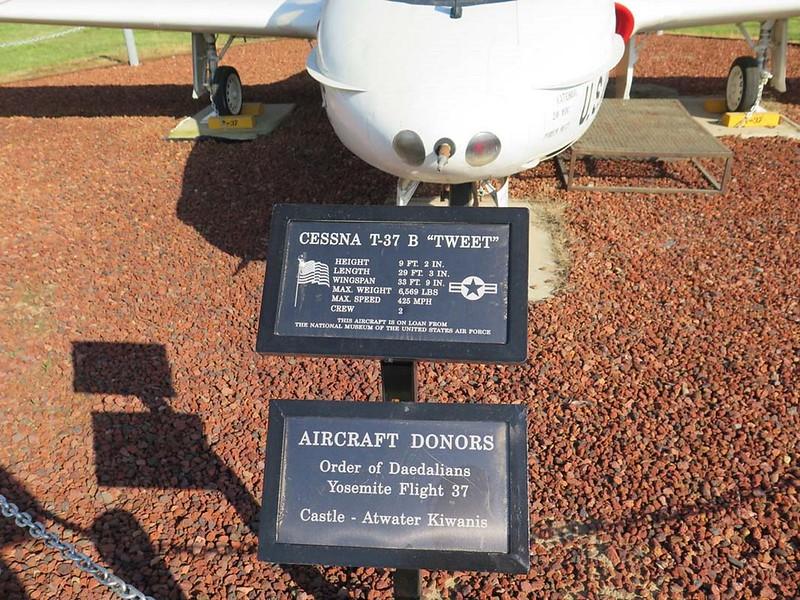 Cessna T-37B Tweet 2