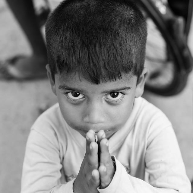 Pray, Portraits of Pondicherry