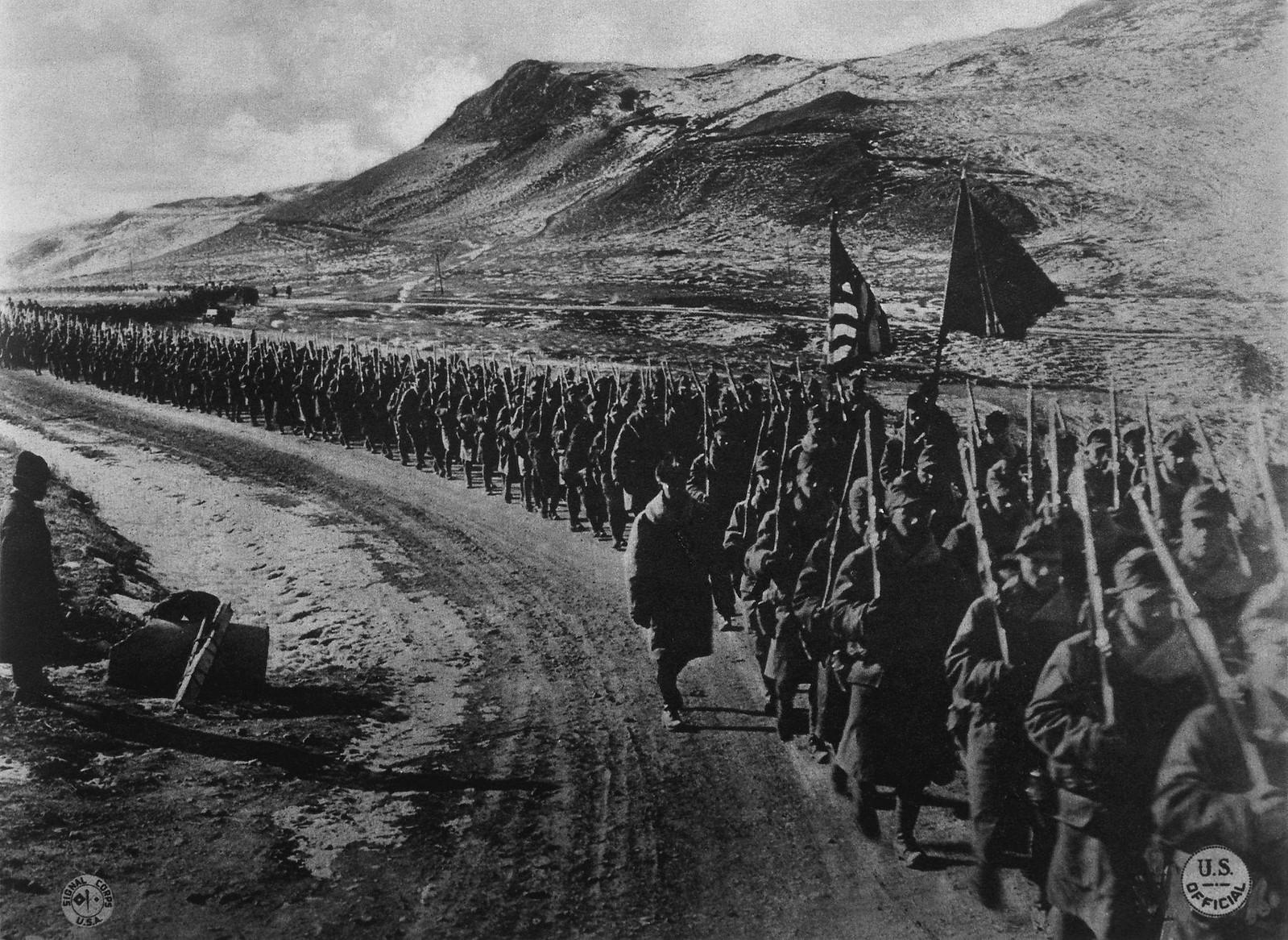 1918. Американская пехота недалеко от Владивостока