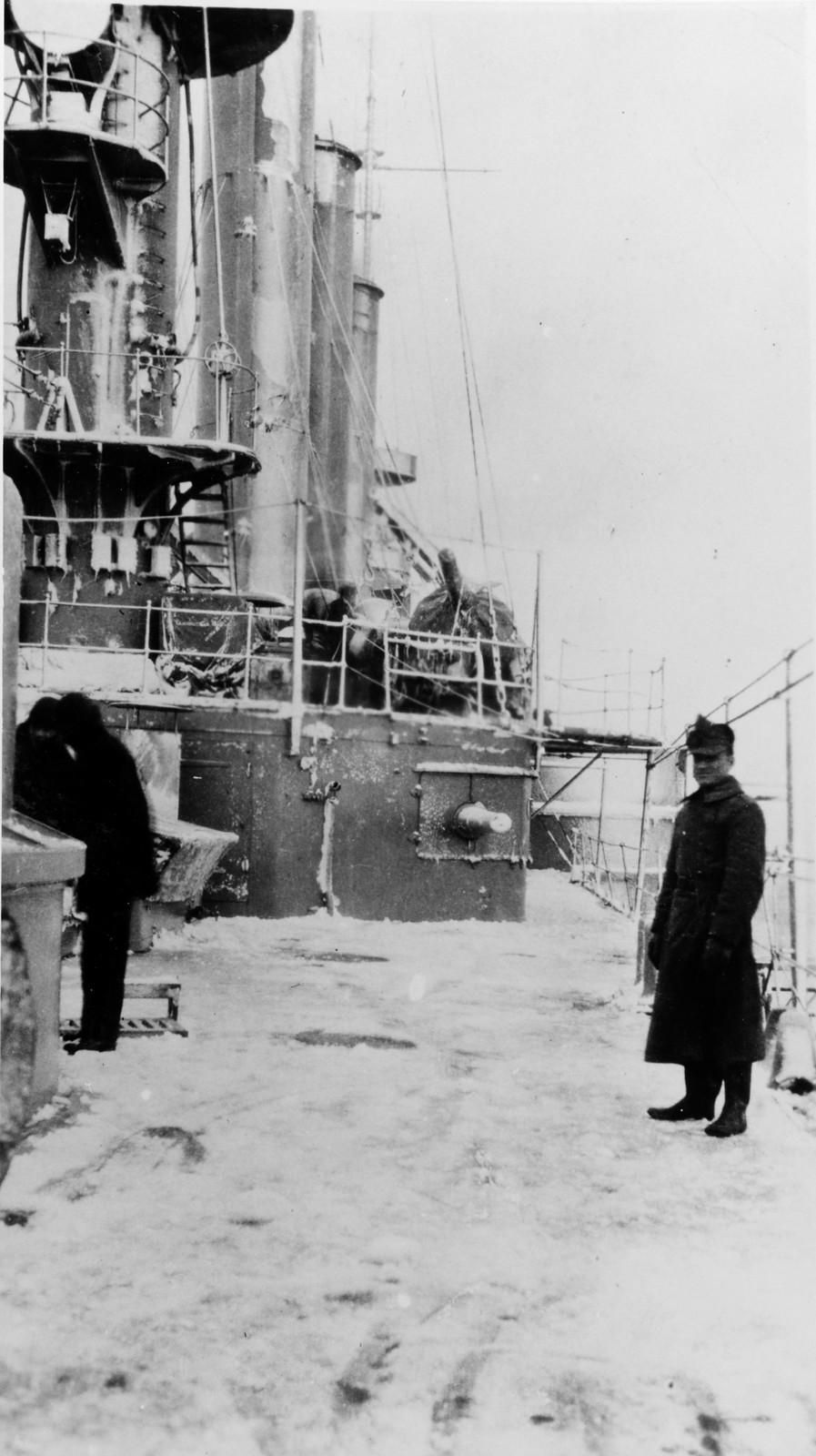 1918. Броненосный крейсер «Бруклин». Обледенелая палуба
