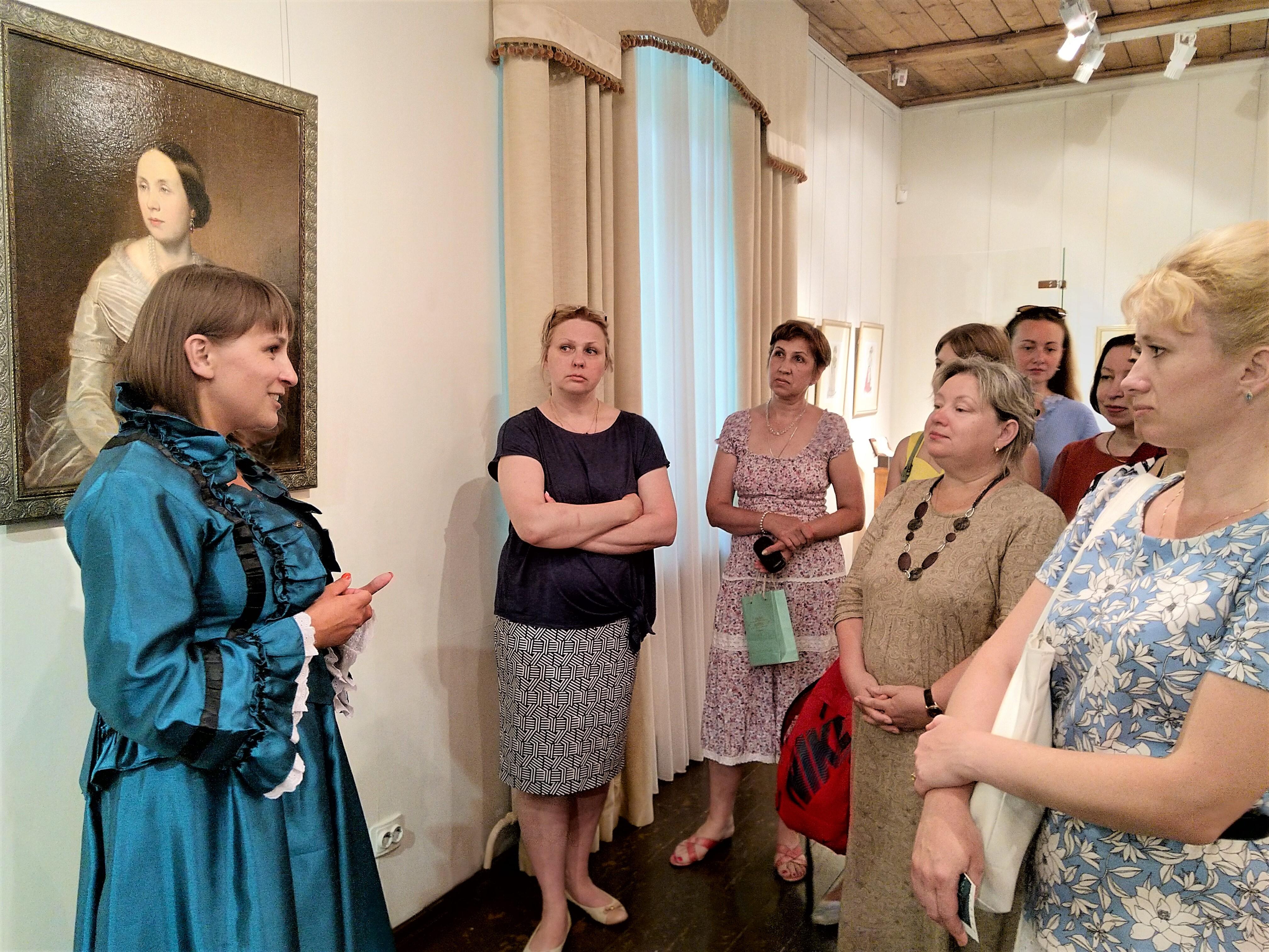 21 июня 2019 года в Поленовской даче состоялось открытие выставки «Дань моде», организованной совместно с Лермонтовским музеем-заповедником «Тарханы»