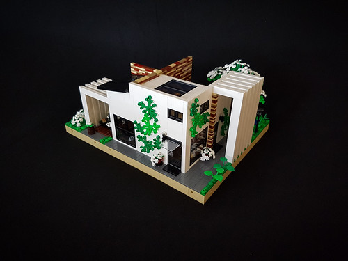Cherry Loft House MOC. Entrance side.