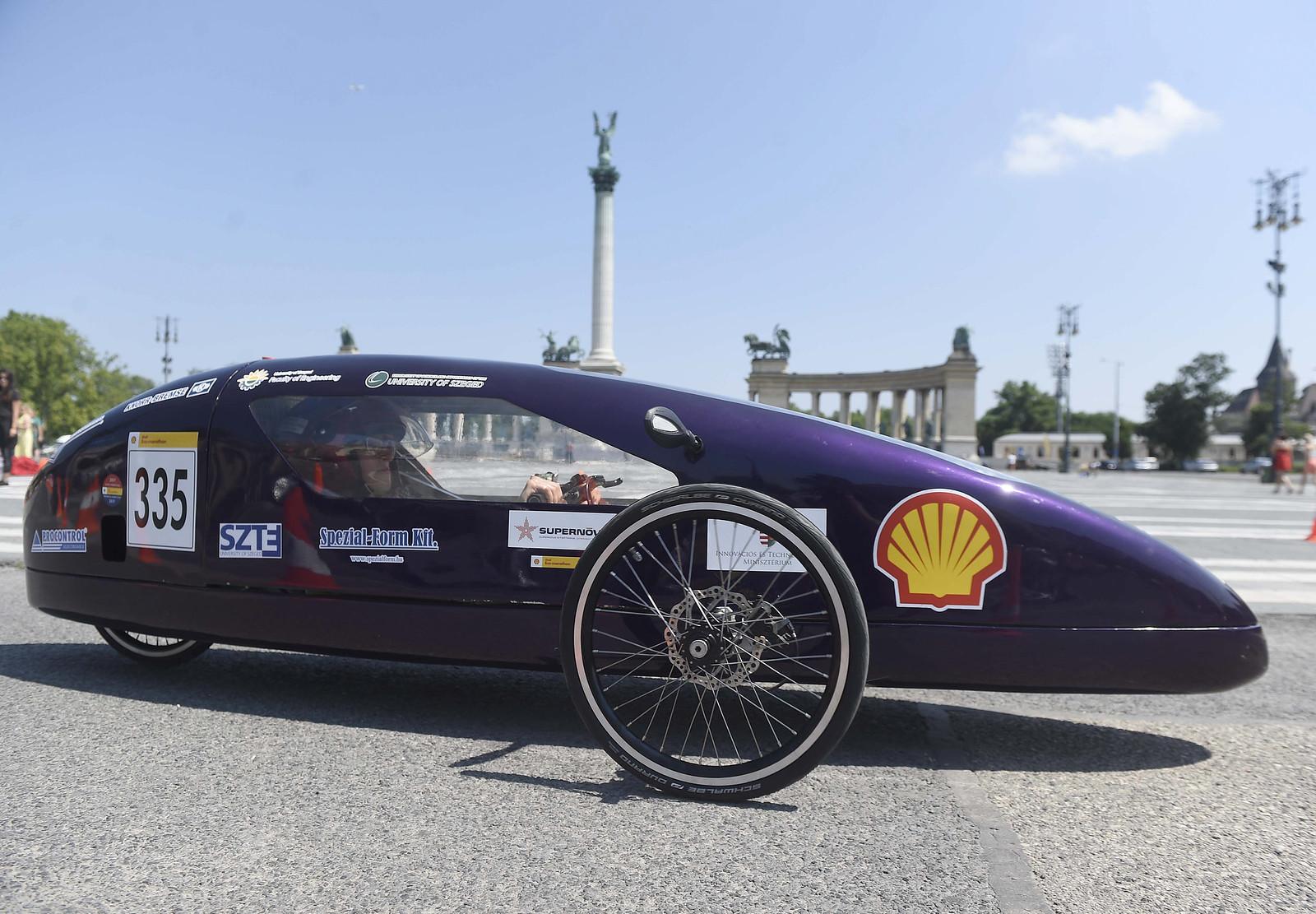 A szegedi egyetem ilyen menő elektromos autóval próbál 1kilowattórával megtenni közel 300 kilométert