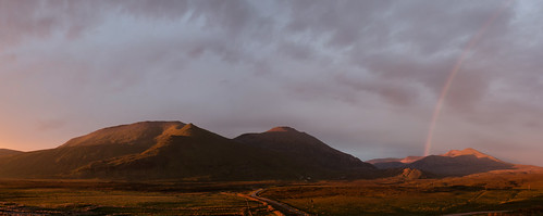 mountain rainbow sky sunrise scotland scottishhighlands sutherland cloud foinaven cranstackie beinnspionnaidh strathdionard panorama pano carbreck