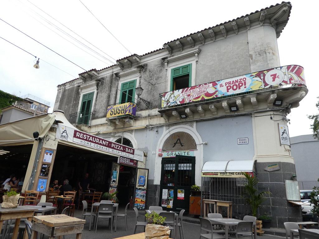 A Putia dell' Ostello,Restaurant which has a lava flow in its basement, Catania