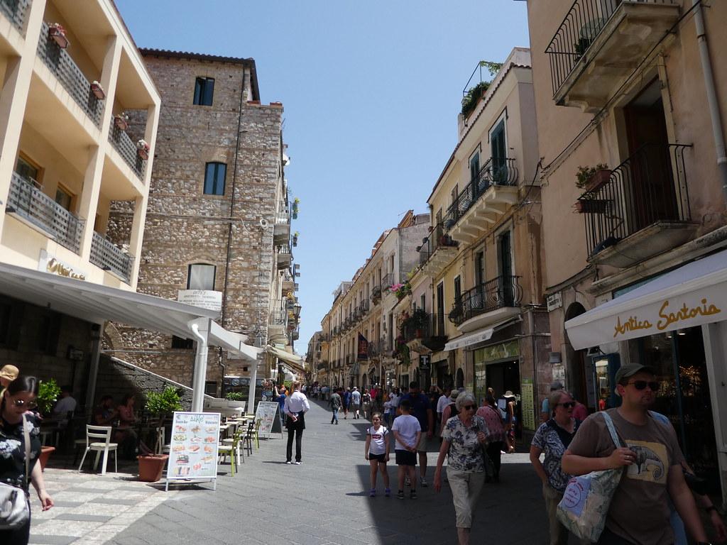 Corso Umberto, Taormina, Sicily
