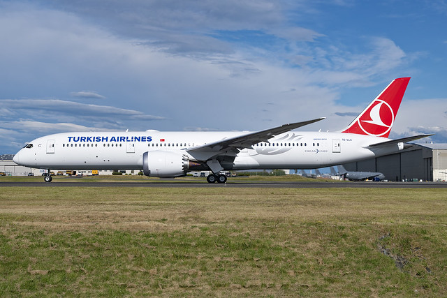 Turkish Airlines Boeing 787-9 TC-LLA