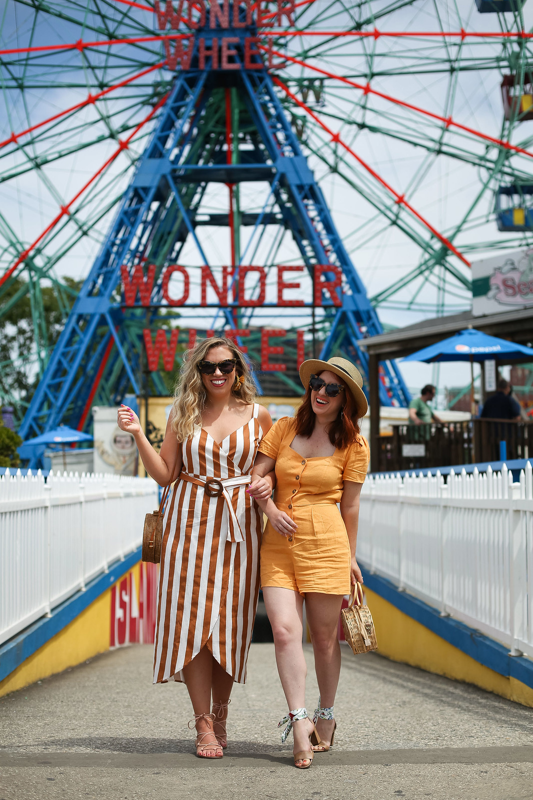 Vintage Inspired Summer Outfits | Coney Island Brooklyn New York | Coney Island Photoshoot | Wonder Wheel | Amusement Park Photo Ideas | Retro Summer Clothes