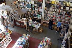 Ler Devagar Bookstore