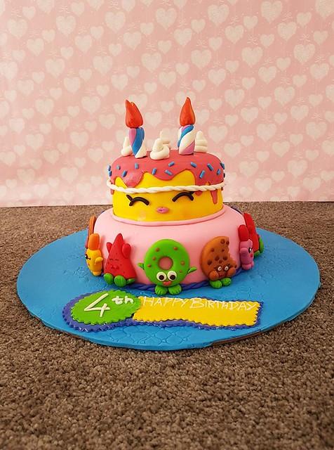 Cake by Talat Zehra of Zehra's Bakery
