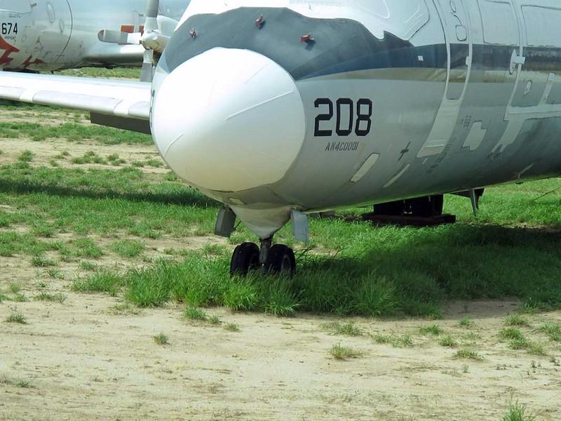 McDonnell-Douglas C-9B Skytrain II 6