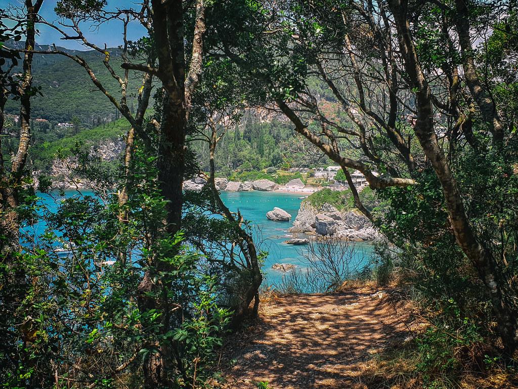 die Bucht von Liapades