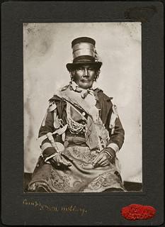 Chief Oshawana (John Naudee), Tecumseh's chief warrior at the battle of the River Thames / Chef Oshawana (John Naudee), le guerrier principale de Tecumseh au bataille de la rivière Thames