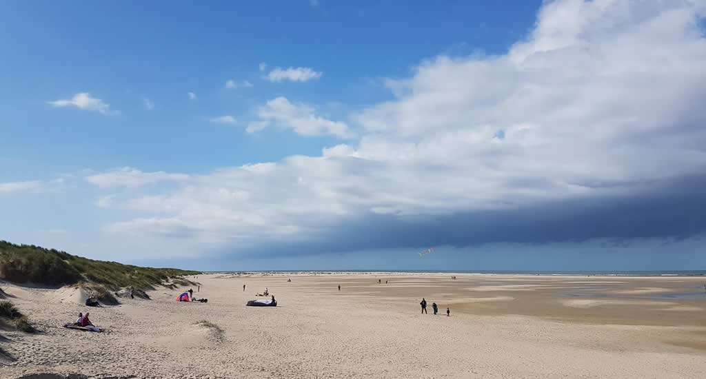 Beach in Texel, The Netherlands | Your Dutch Guide