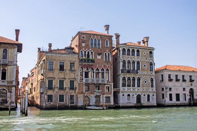 Ca' Dario visto da San Marco, leggende di Dorsoduro
