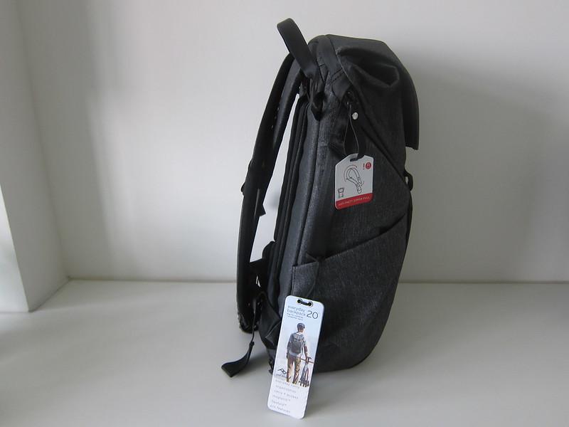 Peak Design Everyday Backpack 20L - Left