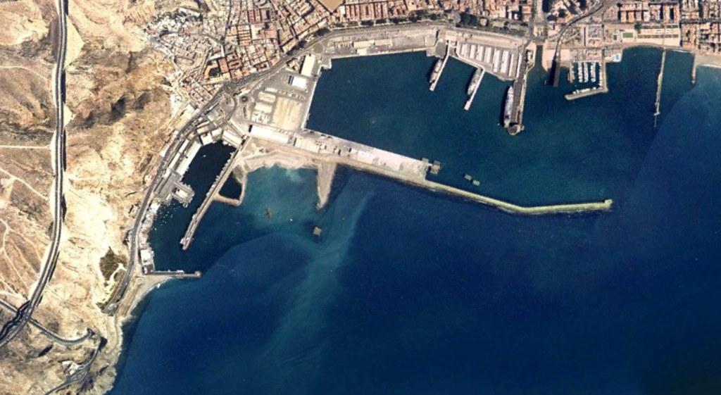 puerto de almería, almería, escribo inconscientemente almetría, antes, urbanismo, planeamiento, urbano, desastre, urbanístico, construcción