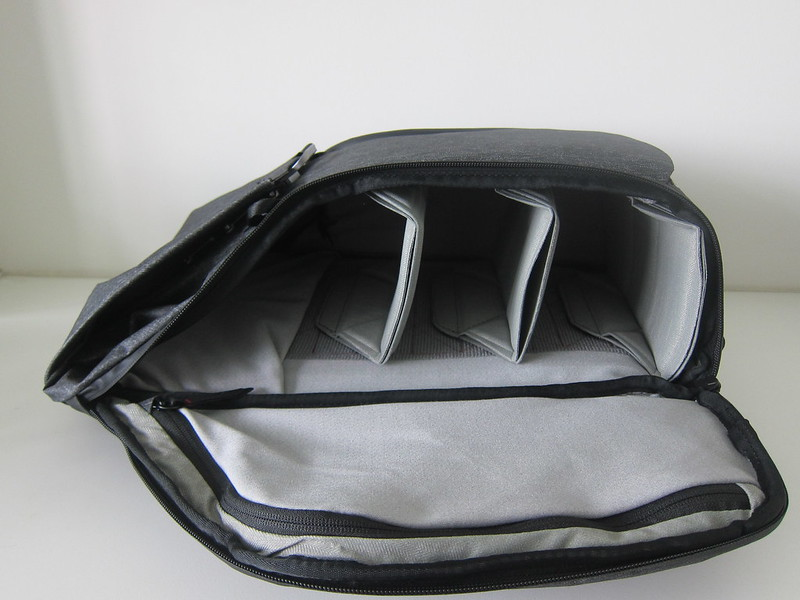 Peak Design Everyday Backpack 20L - Left Open