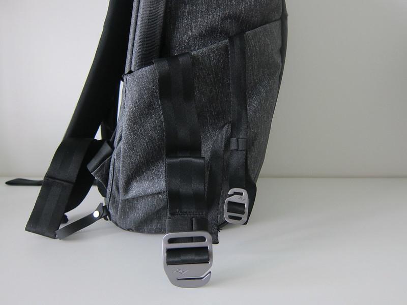 Peak Design Everyday Backpack 20L - Left Straps