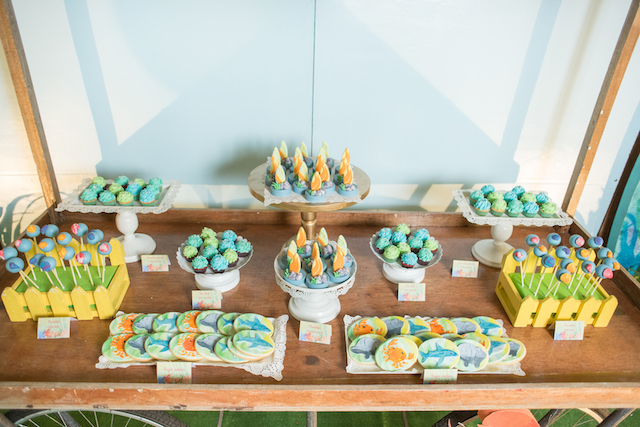 dessert spread0140
