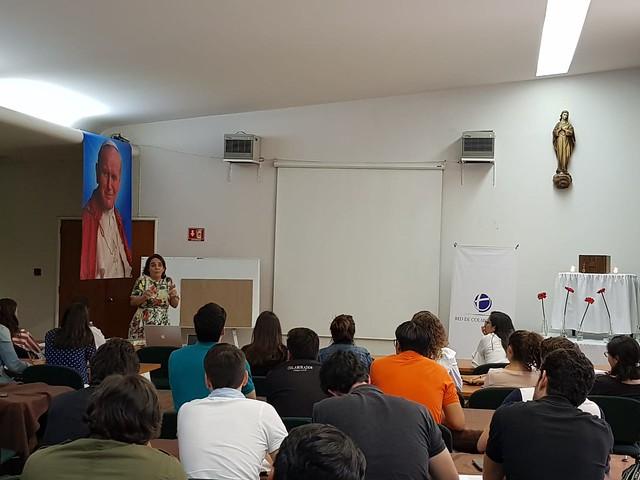 Lorea Bringas habla sobre la Teología del Cuerpo