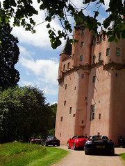 Porsche Cars at Craigievar Castle (9)