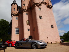 Porsche Cars at Craigievar Castle (25)