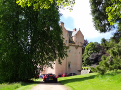 Porsche Cars at Craigievar Castle (2)