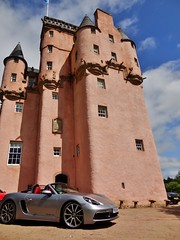 Porsche Cars at Craigievar Castle (24)