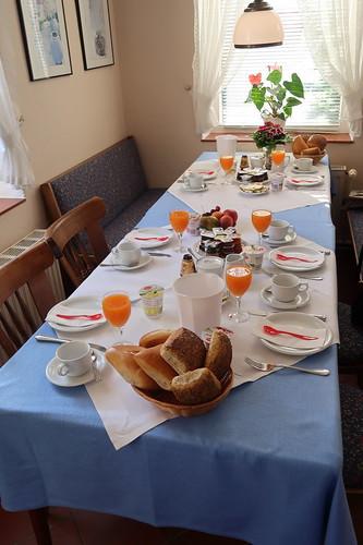 Tischbild-  bevor wir uns setzten
