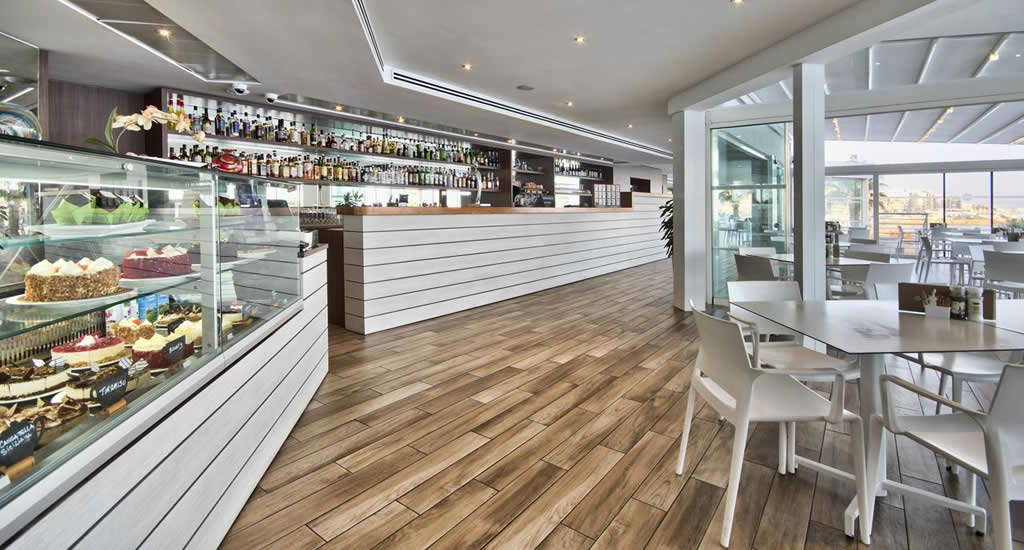Bar Dolmen Resort, Qawra | Malta & Gozo