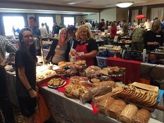 Jordan Davis (Perdue Foods), Diane (Los Cabos), Renee & Jolynne (Bake Crafters)