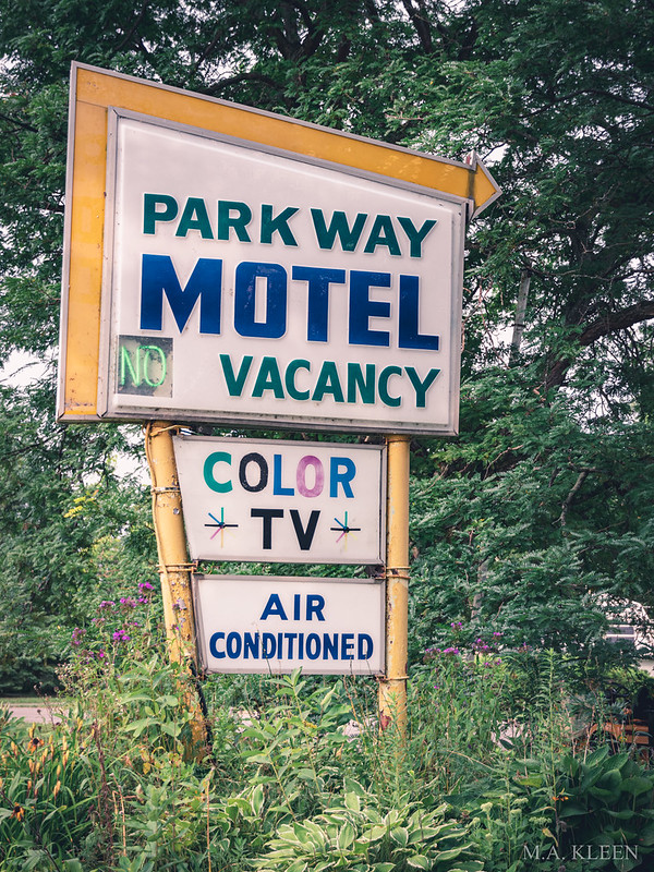 Park Way Motel Vintage Sign 2