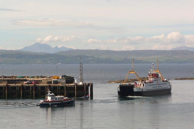 MV 'Loch Fyne' leaves Mallaig for Armadale