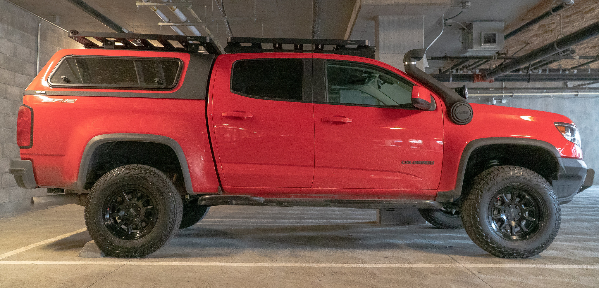 ARE Overland Series Camper Shell Chevy Colorado/Canyon Short